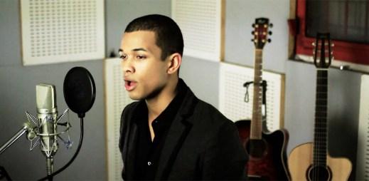 Ben Cristovao vydal videoklip It's Christmas, Baby