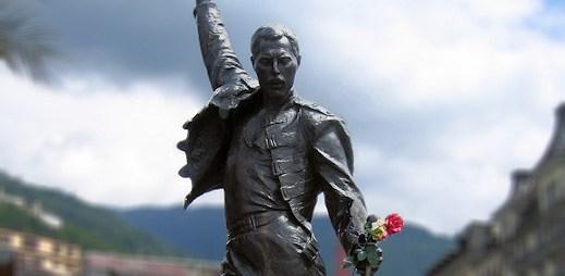 Před 20 lety zemřel gay zpěvák Freddie Mercury