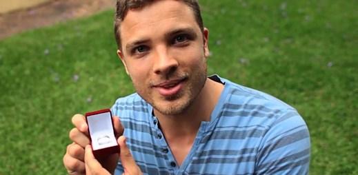 Gay video: Milují se a prožívají krásné chvíle každého dne
