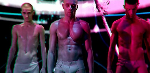 "Slast pro uši i pro oči od Kazaky: ""Dance And Change"" a ""Love"""