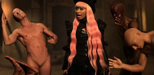 Robotická Nicki Minaj v novém klipu Davida Guetty
