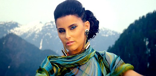 Nelly Furtado se vypařila v klipu Spirit Indestructible