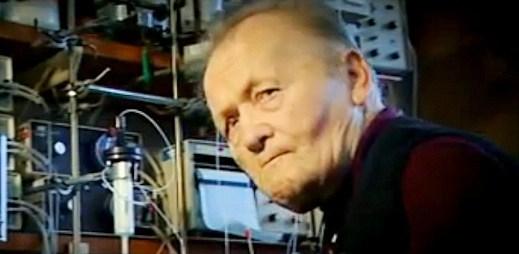Zemřel profesor Antonín Holý. Usnadnil lidem život s HIV/AIDS