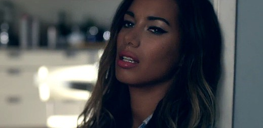 Leona Lewis prochází problematickým vztahem v Trouble