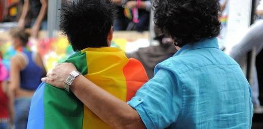 Michal Viewegh píše o homosexuální orientaci Václava Klause