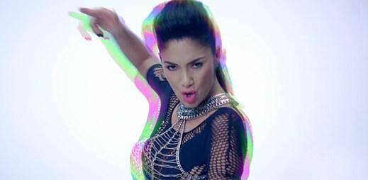 Nicole Scherzinger září v novém klipu Boomerang