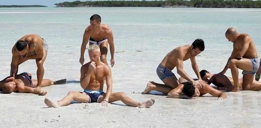 Tuto žhavou dovolenou by chtěl zažít každý gay! (video)
