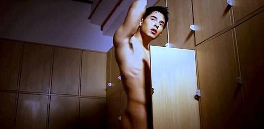 Sebastian Castro nafukuje bubliny v gay klipu Bubble