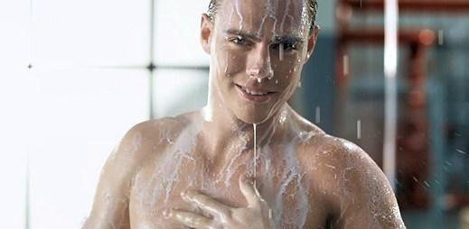 Sexy kluci z reklamy na Mrož vás spíše rozpálí, než zchladí