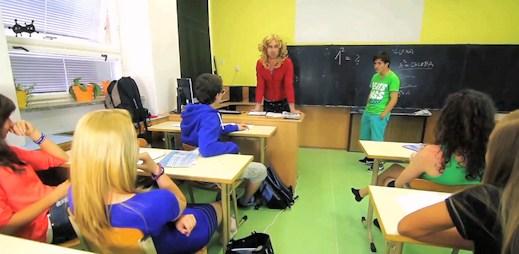 Vraťte se do školních lavic, jsou tu Debilní kecy Učitelek