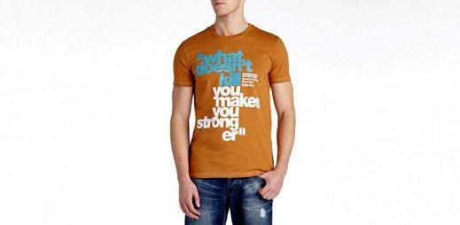 Akční ceny triček v Reserved. Ušetříte až 120 Kč na jednom kusu