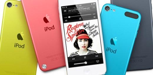 Jak nejčastěji posloucháme hudbu? Venku obvykle ze smartphonu nebo iPodu