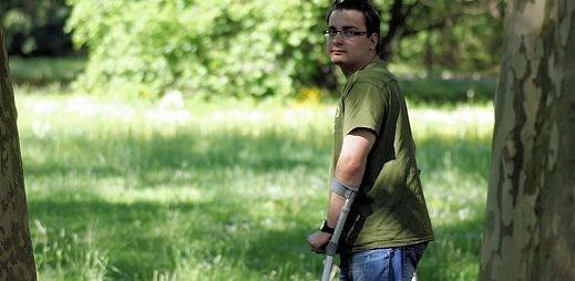 Tomáš: Žít s handicapem je těžké, být navíc gay je o to náročnější