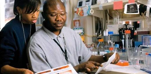Transplantace kostní dřeně možná odstranila vir HIV z těla pacienta