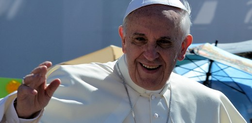 Papež František: Pokud je člověk gay, nemám právo ho soudit