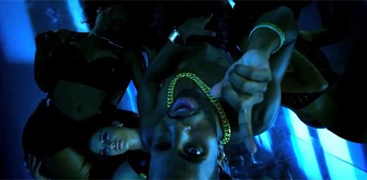 Jason Derulo láká klipem Talk Dirty na horkou exotiku