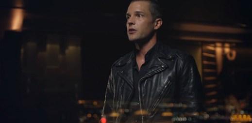 Spravte si náladu klipem Shot At The Night od The Killers