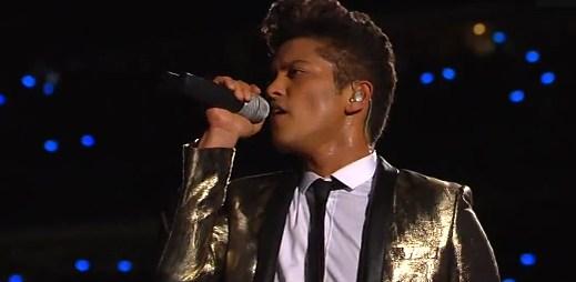 Bruno Mars a další skvělá vystoupení na Pepsi Super Bowl