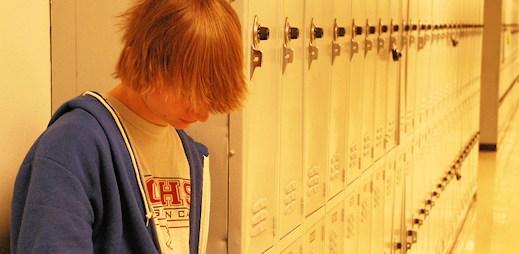 PROUD: Tragická smrt otevírá otázku osvěty na školách