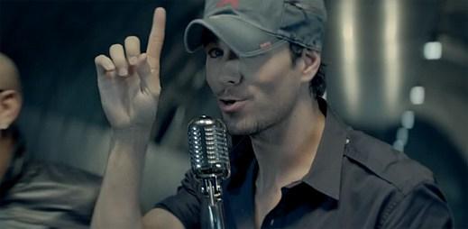 Sexy Enrique Iglesias vypustil španělský letní hit Bailando