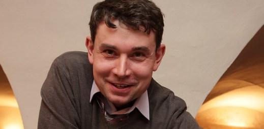 """Radim """"Ušáček"""": Ve 25 letech jsem si díky internetu přiznal, že jsem gay. Život byl najednou snazší!"""