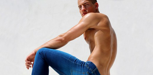 Rufskin nás chce zlákat na nové džíny, ale i ten model by stál za hřích!