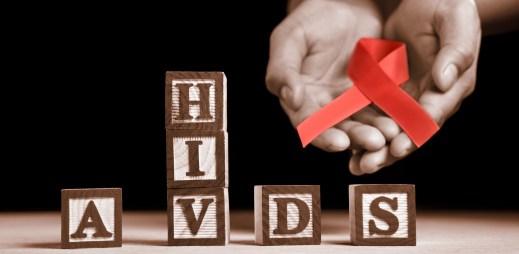 Přítomnost viru HIV spolehlivě potvrdí nebo vyvrátí pouze krevní test