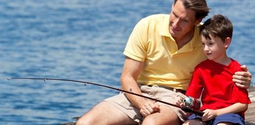 Dnes sledujte Máte slovo: Mají homosexuální páry adoptovat děti?