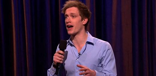 Video měsíce: Daniel Sloss říká, že každý správný chlap by chtěl být gay!