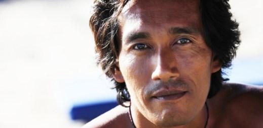 Indonéská provincie Aceh: Každý gay dostane 100 ran bičem!