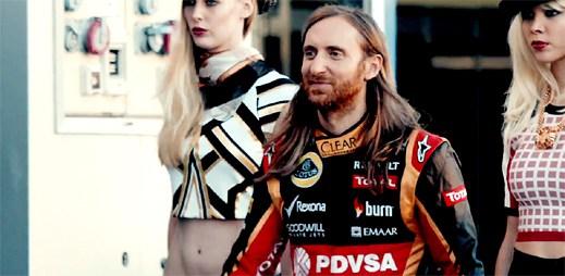 David Guetta si zajezdil na oficiálním okruhu Formule 1 v klipu Dangerous