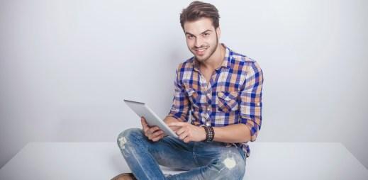 Budete on-line na gay seznamce, nebo se bojíte ztráty vztahu?