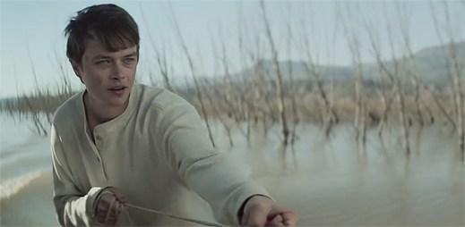 Bitka dvou kluků v klipu I Bet My Life od Imagine Dragons málem skončí tragédií