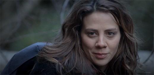 Aneta Langerová ukazuje syrovou krásu přírody v klipu Tráva
