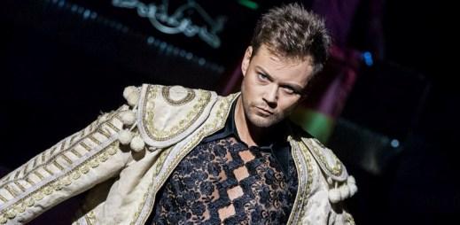 Gayman 2012 pořádá Duhový ples