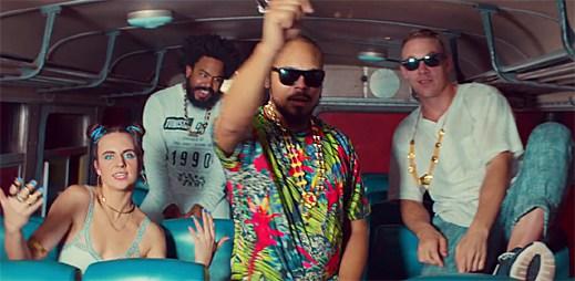 Major Lazer se zpěvačkou MØ brázdí Indii v klipu Lean On