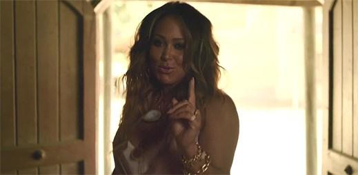 Tamia v klipu Sandwich And A Soda chce svést každého muže ve městě