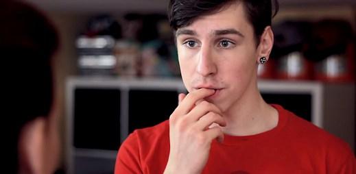 Čeští youtubeři MadBros natočili video: Mami, jsem gay!