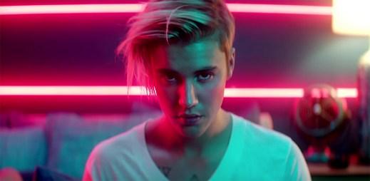Unesou tajemní zločinci Justina Biebera v novém klipu What Do You Mean?