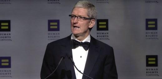 Tim Cook prohlásil, že Apple povede boj za práva gayů