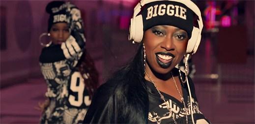 Missy Elliott se vrací v premiéře s úderným videoklipem WTF (Where They From)