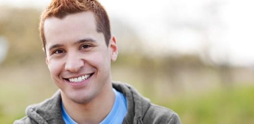 Průzkum: Proč chtějí ženy nejlepšího gay kamaráda?