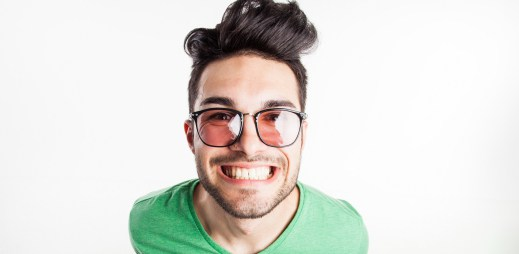7 důvodů, proč byste měli chodit s někým, kdo vás rozesměje