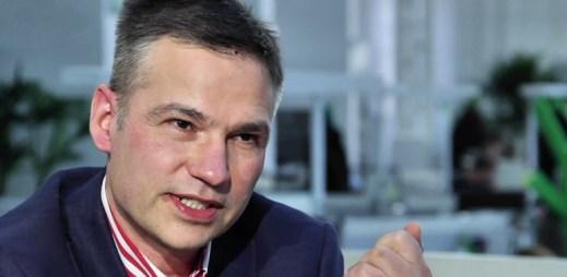 Janis Sidovský v DVTV: Když herec veřejně přizná, že je gay, tak riskuje kariéru