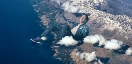 Coldplay: Klip Up&Up odhaluje svět, jak jej neznáte
