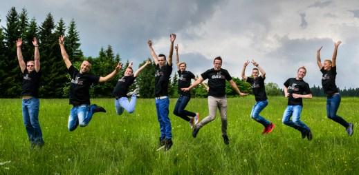 Finalisté Gaymana 2016 si naplno užívali soustředění v Jizerských horách