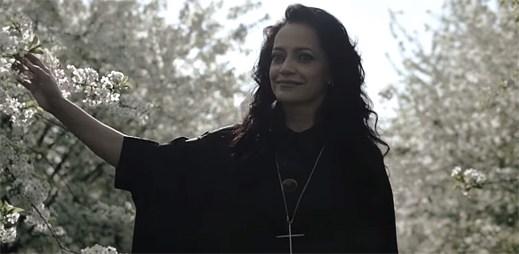 Lucie Bílá odhaluje svou druhou část v klipu Hana