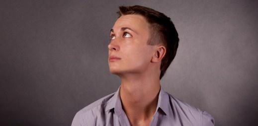 11 myšlenek, které se vám honí hlavou na začátku každého vztahu