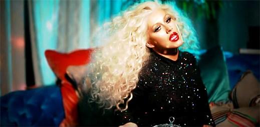 Christina Aguilera se stává disco královnou v klipu Telepathy