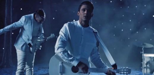 Sexy zpěvák Sebastian vydal zbrusu nový singl Hvězdy